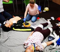 Ćwiczenia z pierwszej pomocy w łodzi