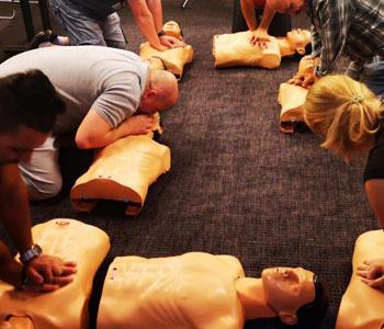 Kurs pierwszej pomocy karków