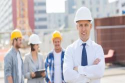 Szkolenia okresowe bhp dla pracowników administracyjno-biurowych, których zakres pracy obejmuje wizyty na placach budowy